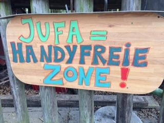 Jugendfarm = Handy freie Zone